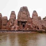 masroor-rock-temple