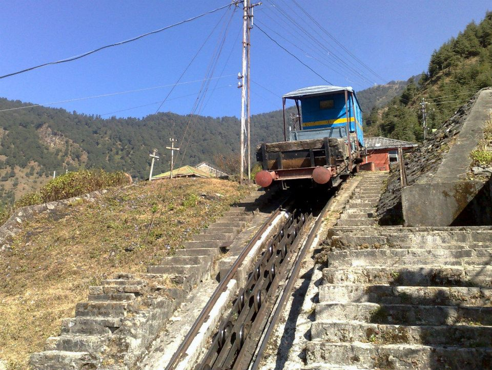 Haulage trolley 18 - hill station