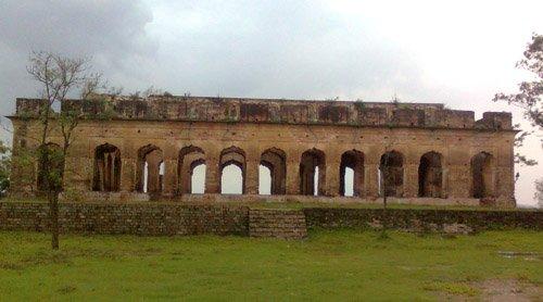 Sujanpur Fort, Kangra