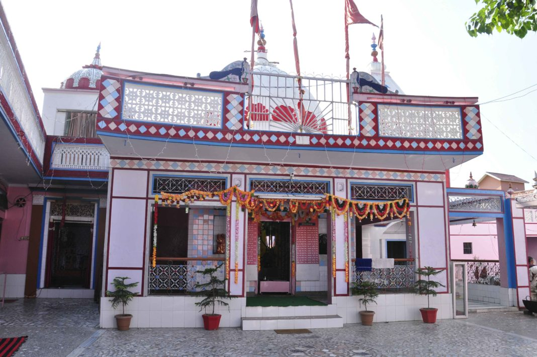 Sheetla Devi Temple, Una